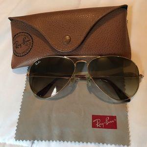 Ray Ban Aviator Classic Sunglasses